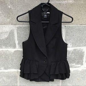 Body by Victoria Ruffle Button Down Vest Size 2